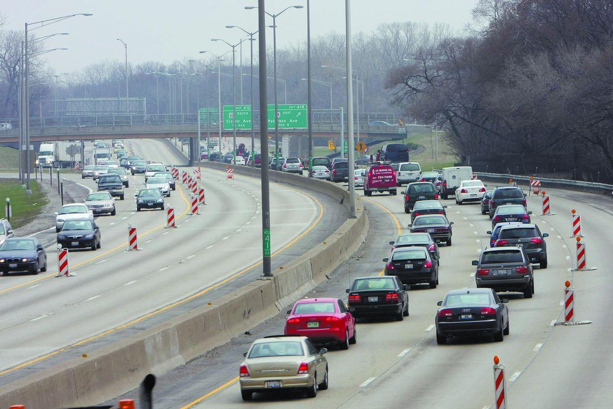 Traffic on Illinois highway