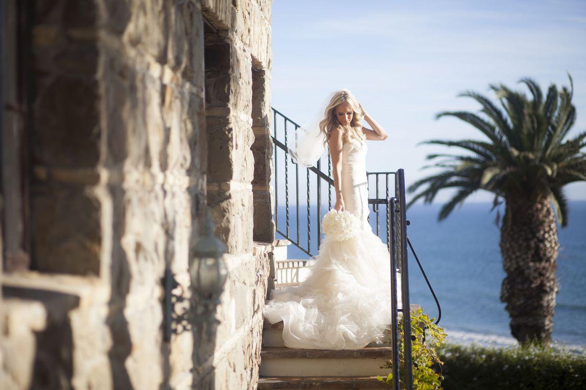 sarah-stowell-bride