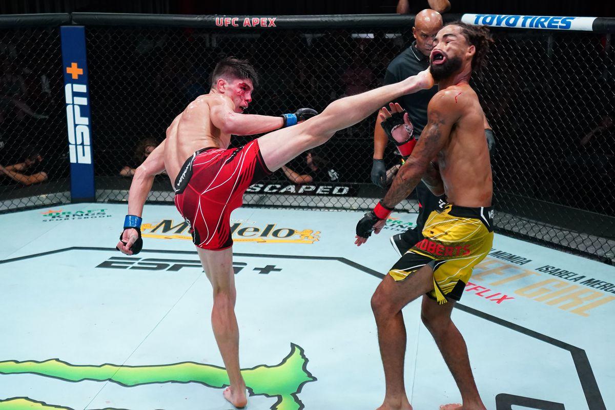 UFC Fight Night: Roberts v Bahamondes