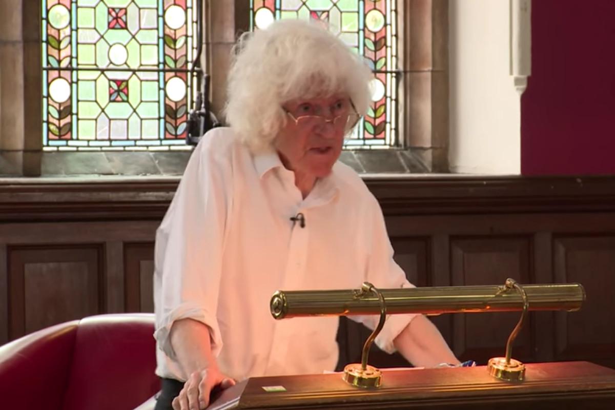 Derek Parfit speaking before the Oxford Union