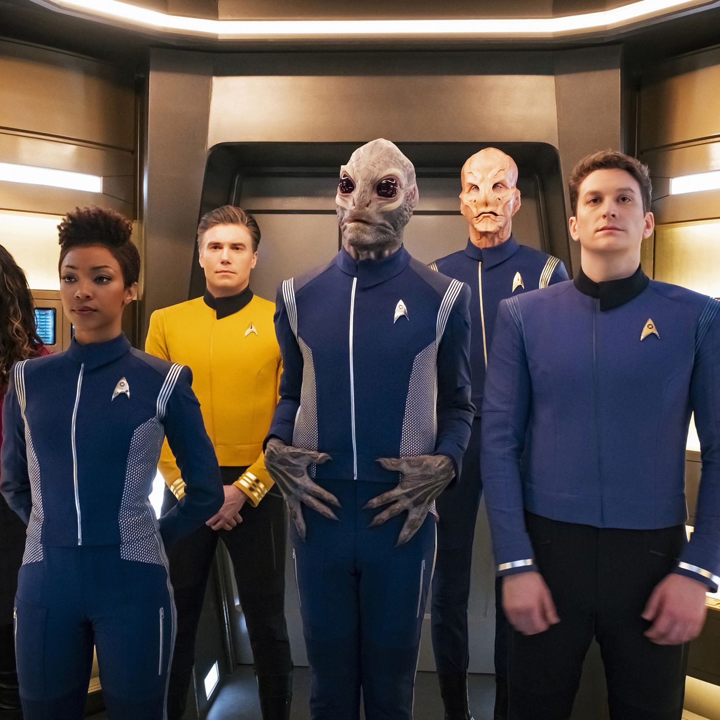 Star Trek: Discovery gets a third season and a fifth showrunner ...
