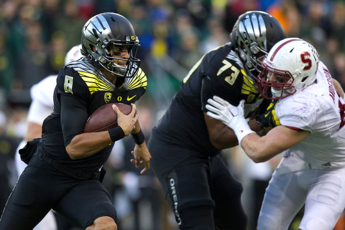 Marcus Mariota and Oregon control their own destiny for a spot in the playoff.