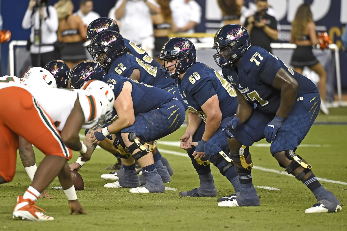 COLLEGE FOOTBALL: NOV 23 Miami at FIU