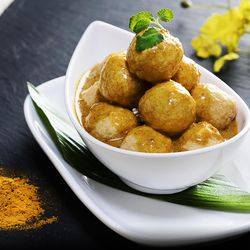 Hong Kong Cafe fried fish ball with curry