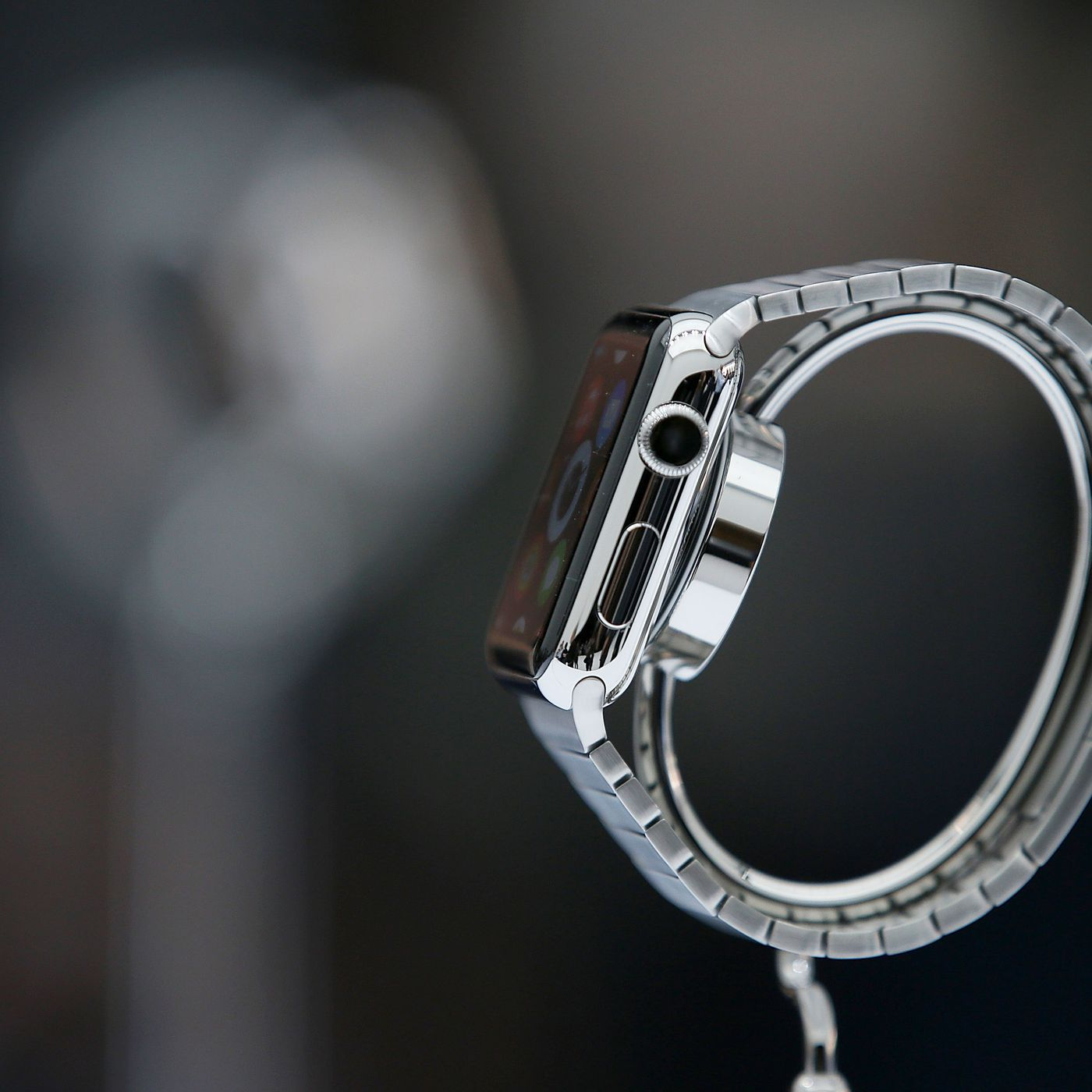 5f31597eb007 Everything You Need to Know About the Apple Watch - Racked