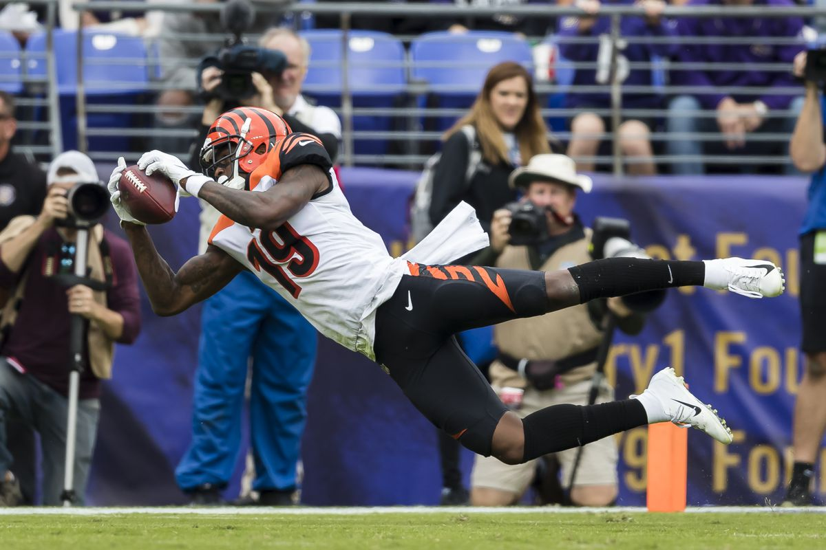 NFL fantasy football waiver wire: 5 adds and 2 drops for Week 7