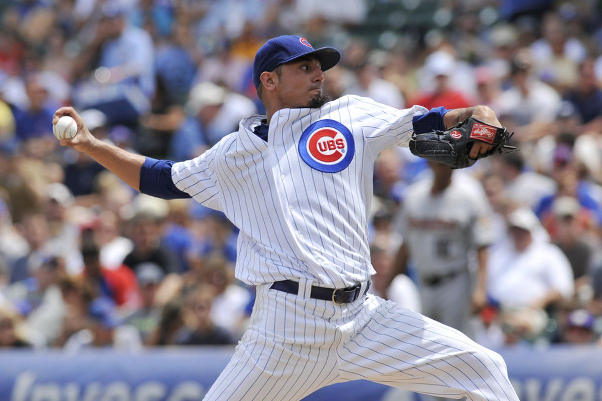 Matt Garza of the Chicago Cubs pitches against the Houston Astros at Wrigley Field in Chicago, Illinois.  (Photo by David Banks/Getty Images)