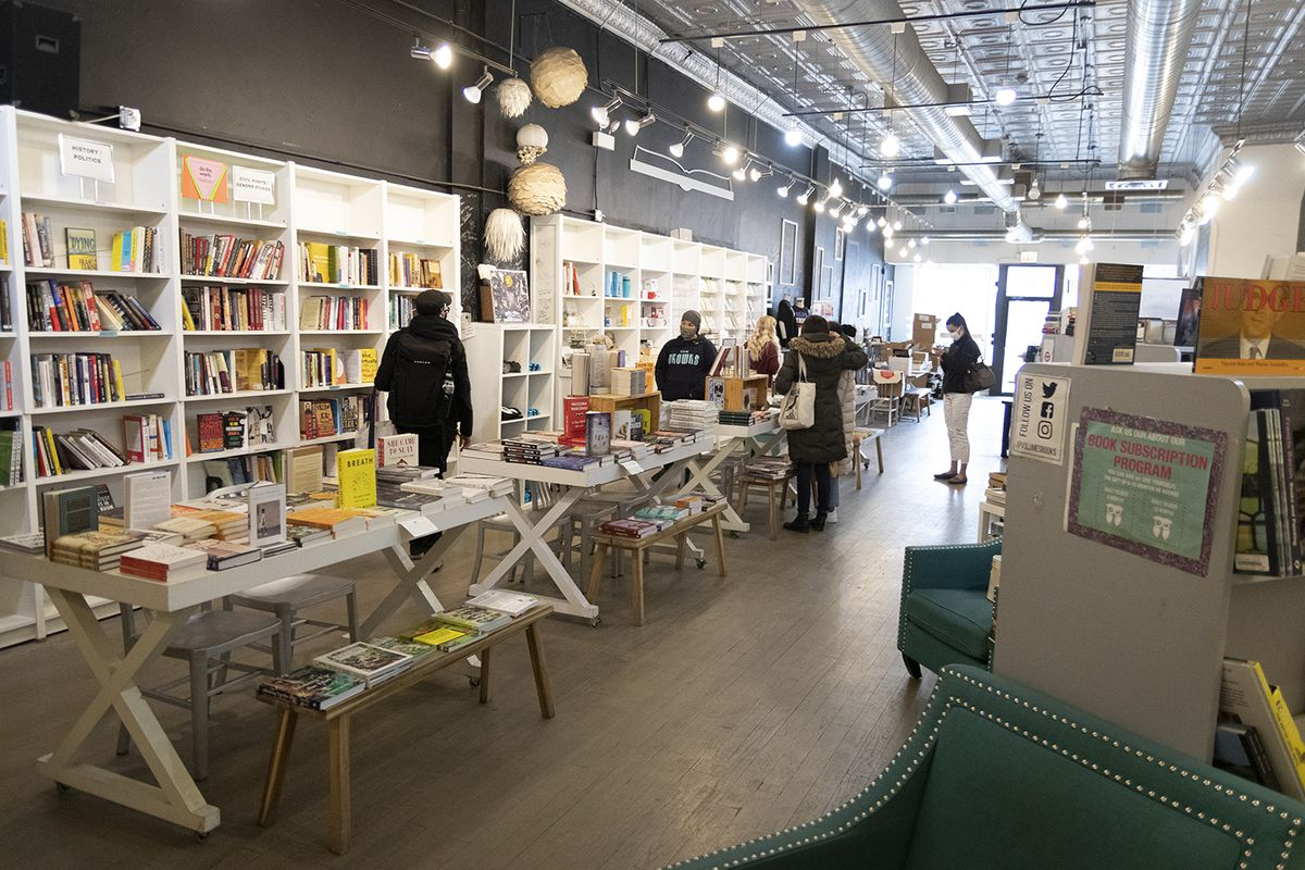 Friday, March 26, 2021 was one of the busiest days Volumes Bookcafe has had in weeks, with word spreading that the Wicker Park bookstore was closing. Saturday will be the last day, though the owners hope to find a new location in the neighborhood.