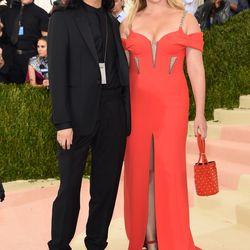 Amy Schumer wears Alexander Wang, alongside the designer.