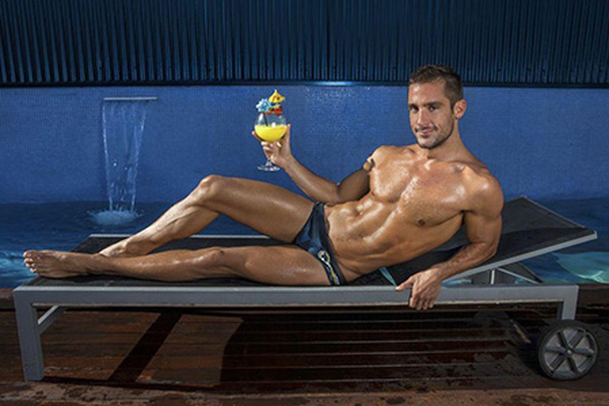 Barcelona gay swim team calendar