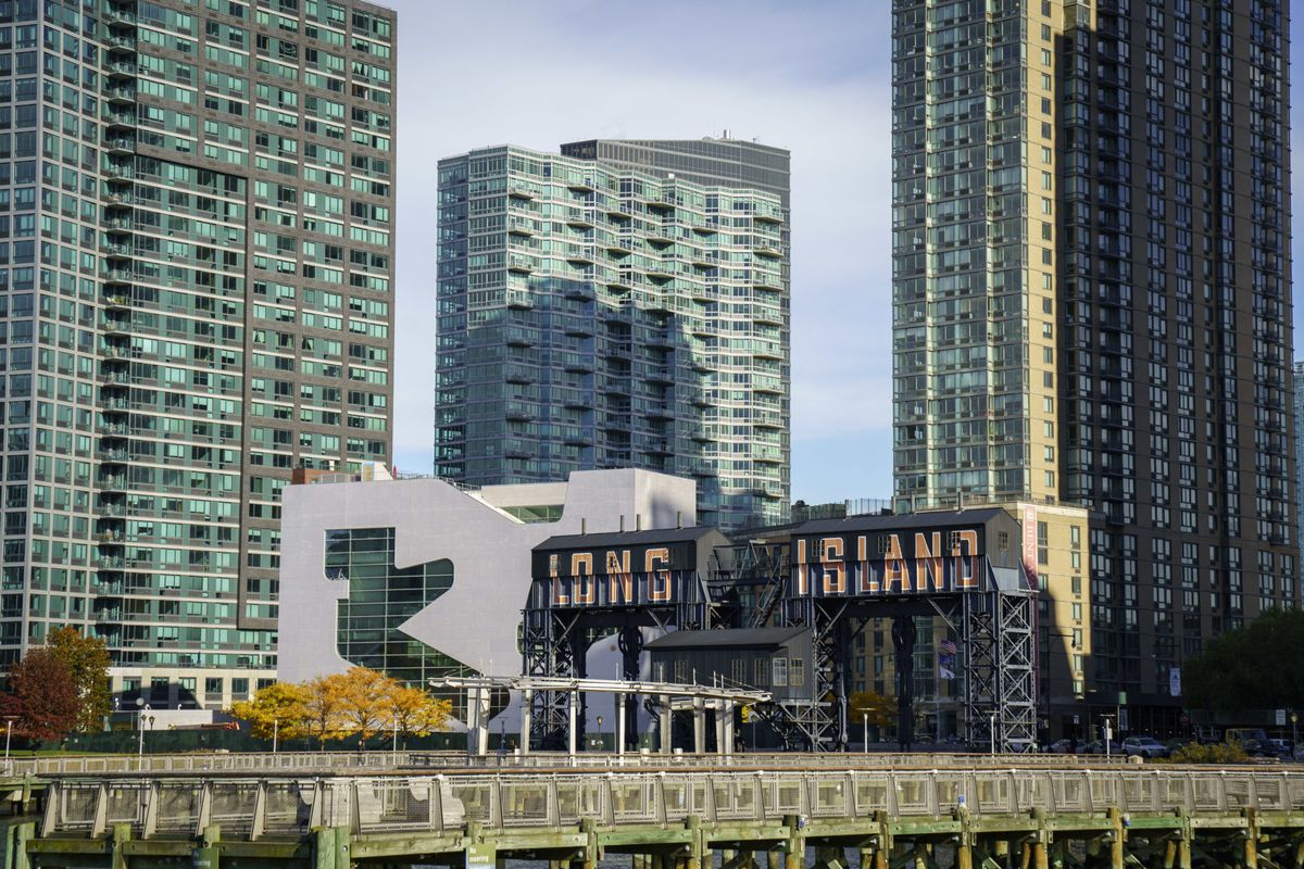 The waterfront in the Long Island City neighborhood of New York City. Amazon has announced that it has chosen Arlington, Virginia and Long Island City as the two new locations that will serve as additional headquarters for the company. (Photo by Drew Angerer/Getty Images)