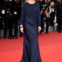 Juliette Binoche wears Armani Privé at a screening for 'Ma Loute (Slack Bay).'