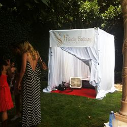 A pop-up spray tan booth