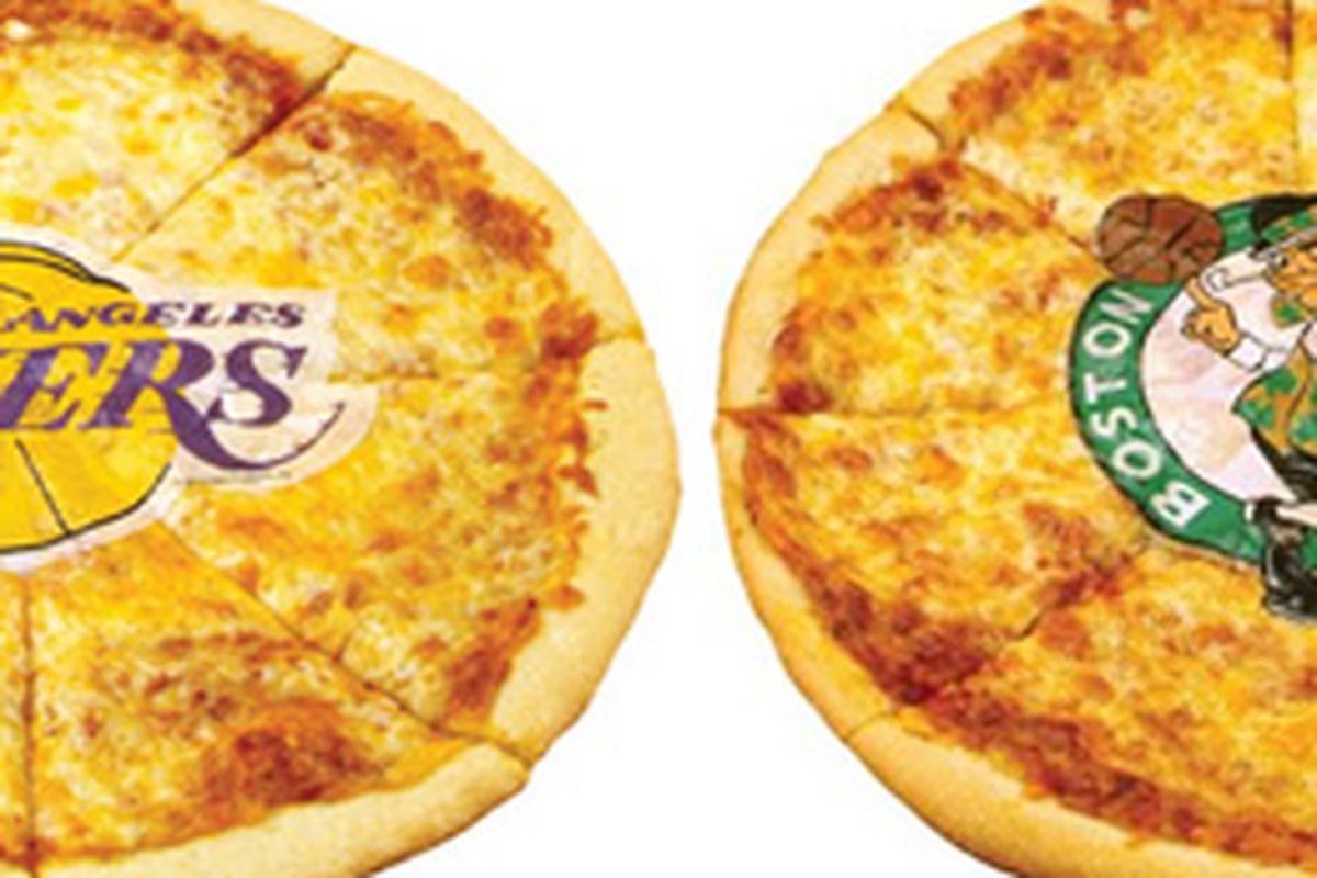 Team pizzas