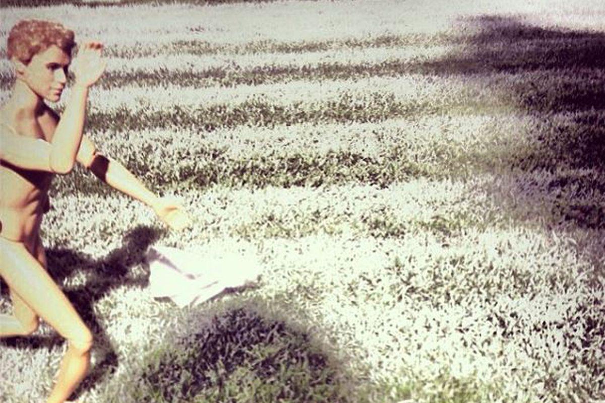 Barbie Yell streaks across Kyle Field at Midnight Yell