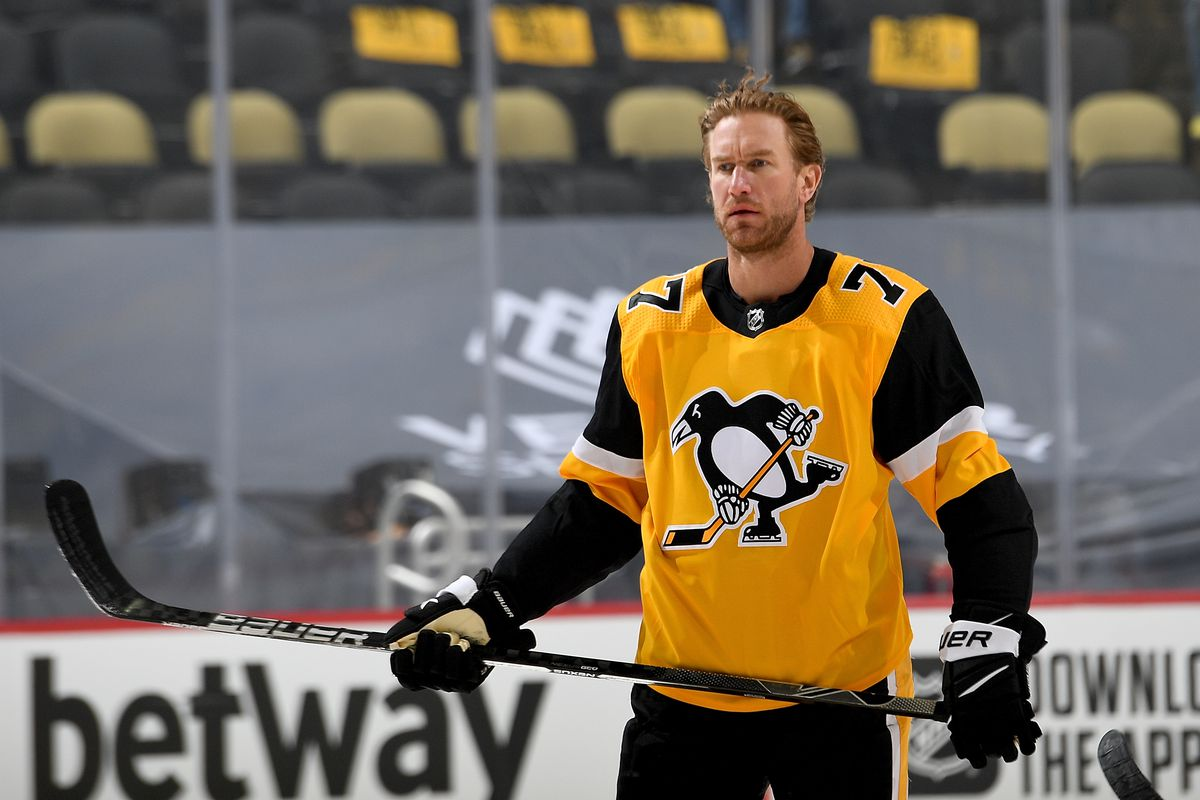Jeff Carter #77 of the Pittsburgh Penguins skates during warmups before the game against the New York Islanders in Game One of the First Round of the 2021 Stanley Cup Playoffs at PPG PAINTS Arena on May 16, 2021 in Pittsburgh, Pennsylvania.
