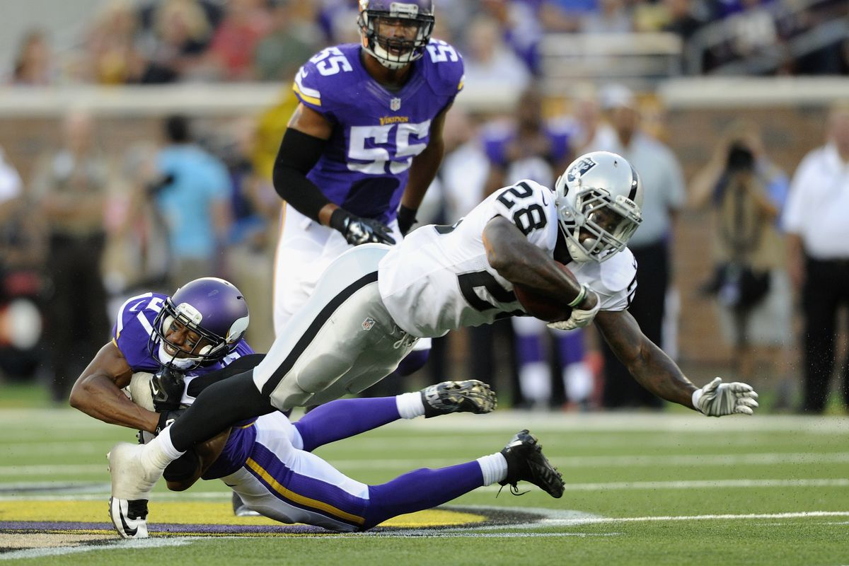 Derek Cox found a new NFL home quickly after being waived by the Vikings.