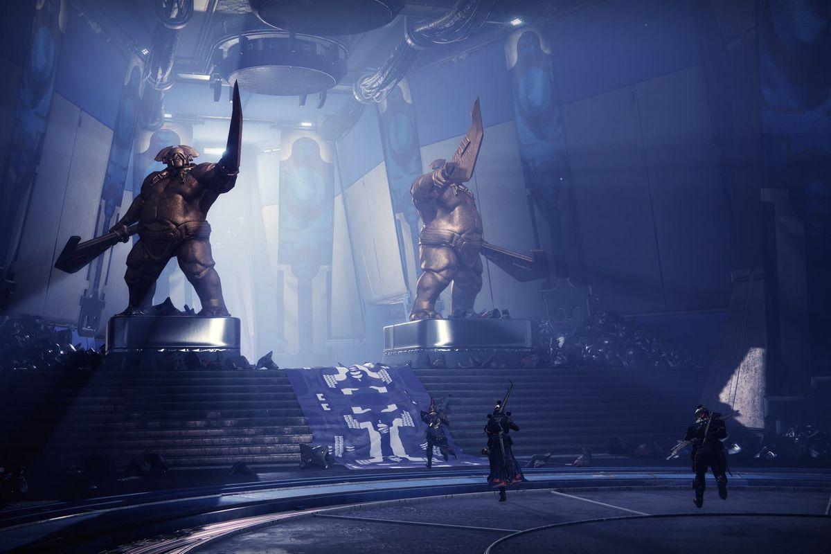 Guardians explore a Cabal sanctuary