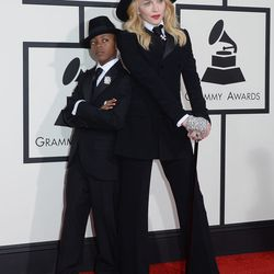 Just adorable. Madonna and her son David in matching Ralph Lauren suits. Madonna tells Ryan Seacrest that it was David's idea.