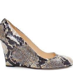 """<a href=""""http://www.katespade.com/designer-shoes/designer-womens-heels/kate-spade-kiki/S841778,default,pd.html?dwvar_S841778_color=278&start=80&cgid=sample-sale"""">Kiki</a>, $162.00 (was $325.00)"""