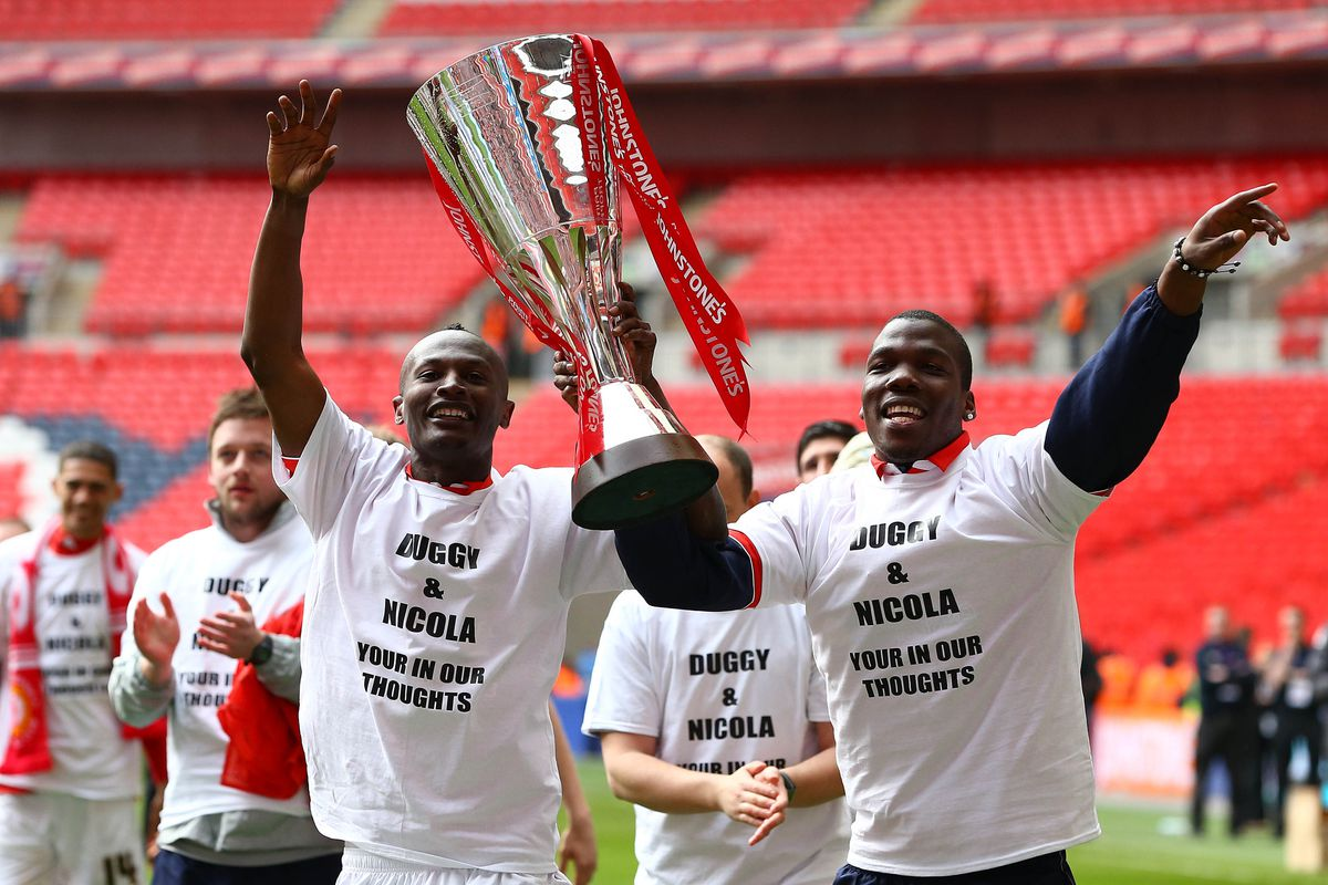 I want to see him do this at Arsenal but with better spelling on the t-shirt