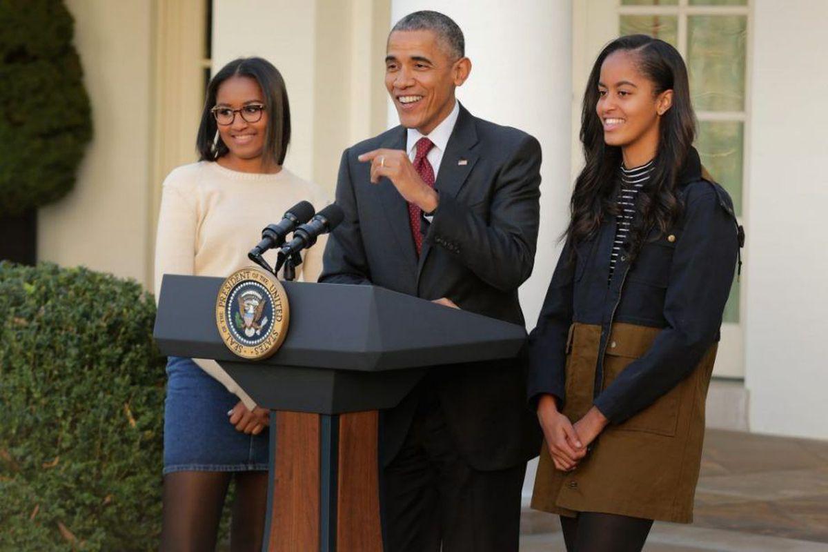 Sasha Obama, Barack Obama, and Malia Obama