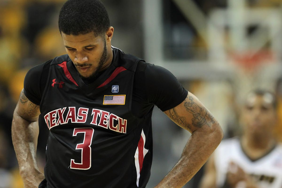 COLUMBIA MO - FEBRUARY 15:  Javarez Willis #3 of the Texas Tech Red Raiders hangs his head in the final seconds of the game against the Missouri Tigers on February 15 2011 at Mizzou Arena in Columbia Missouri.  (Photo by Jamie Squire/Getty Images)