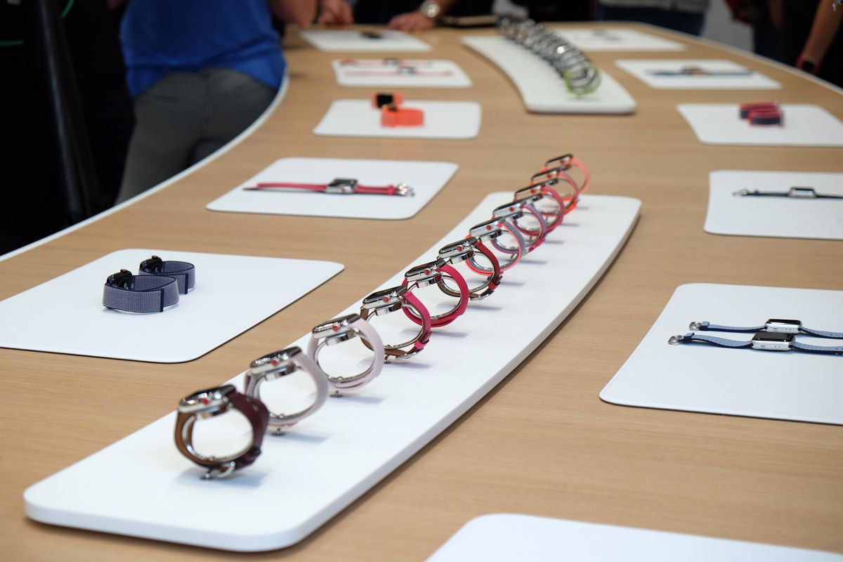 Apple Watch Series 3, Steve Jobs Theater at Apple Park, iPhone X event, Sept. 12, 2017
