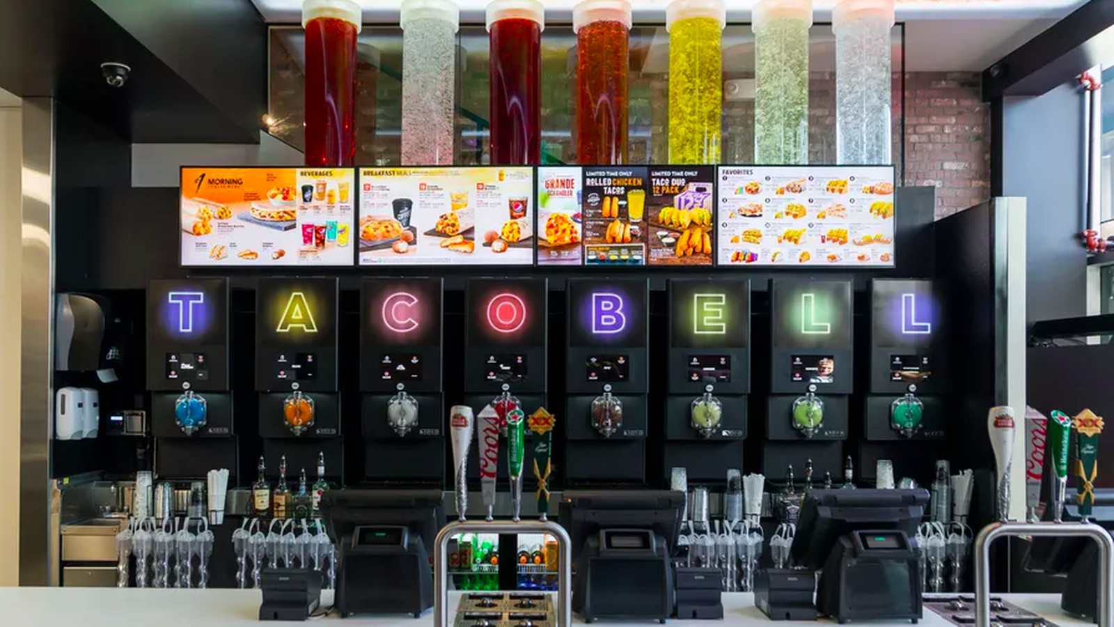 Michigan S First Taco Bell Cantina Is Destined For Royal