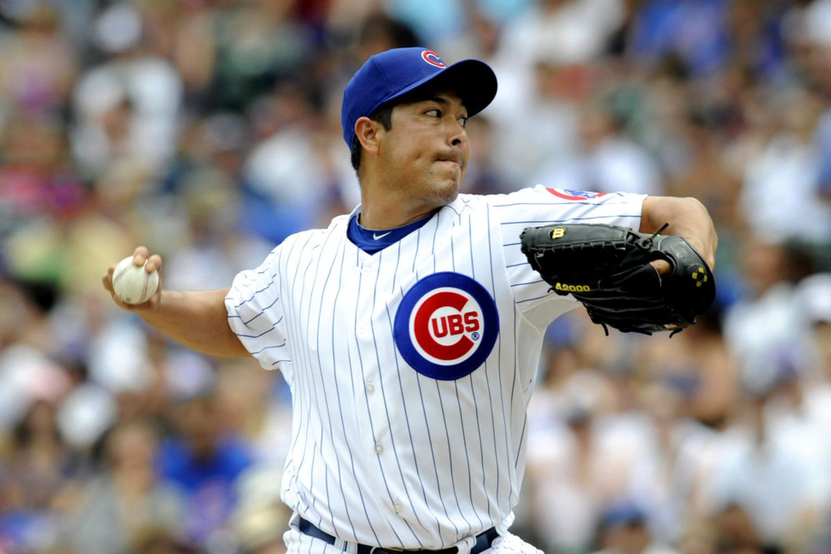 Rodrigo Lopez of the Chicago Cubs pitches against the Chicago White Sox at Wrigley Field in Chicago, Illinois.  (Photo by David Banks/Getty Images)