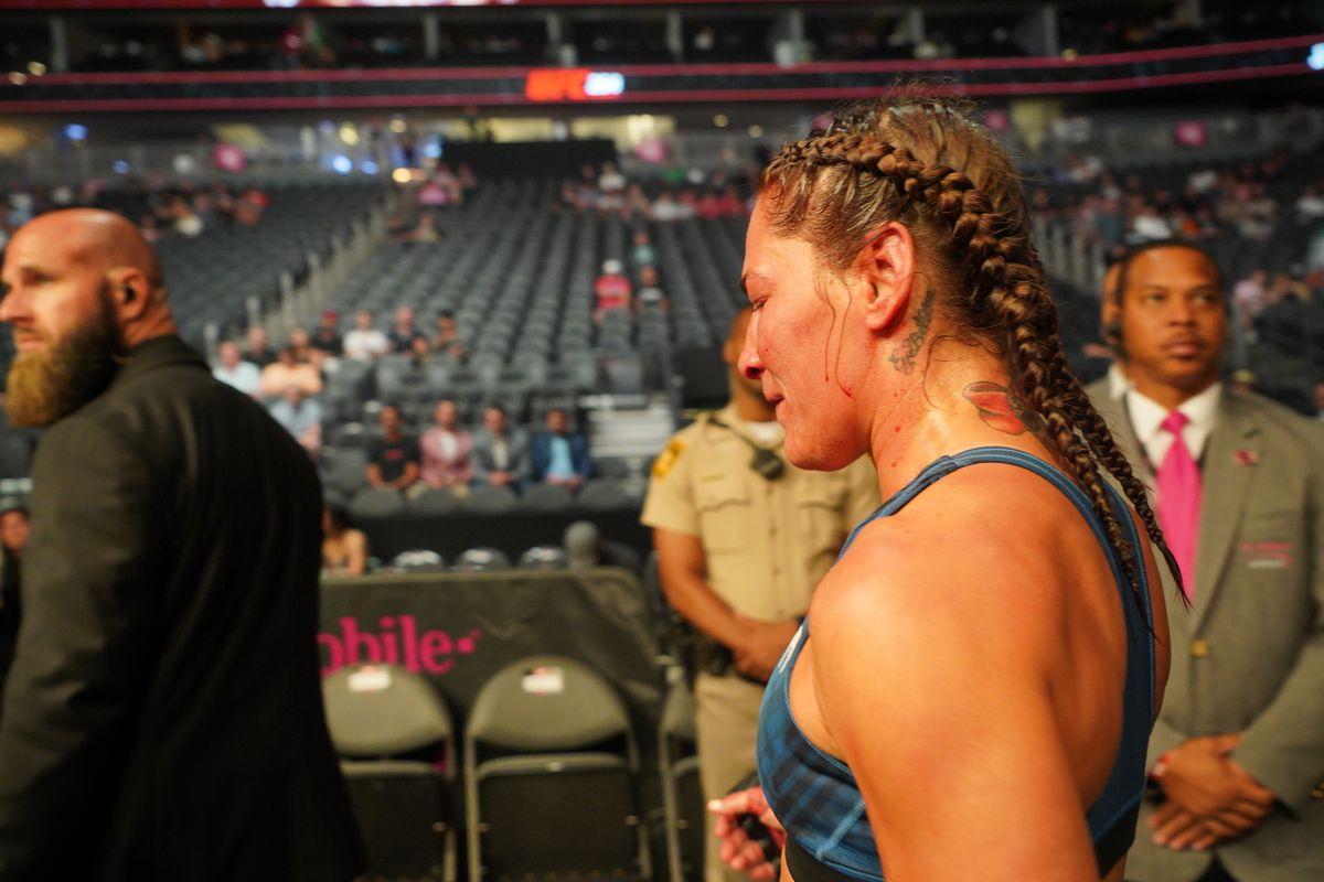 MMA: JUL 10 UFC 264 - Jessica Eye vs. Jennifer Maia.