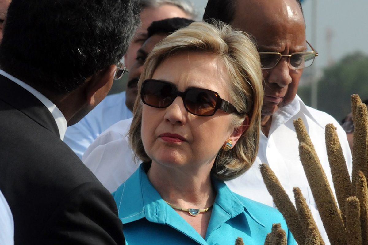 Hillary Clinton wearing sunglasses (Credit: US Department of State/Flickr)