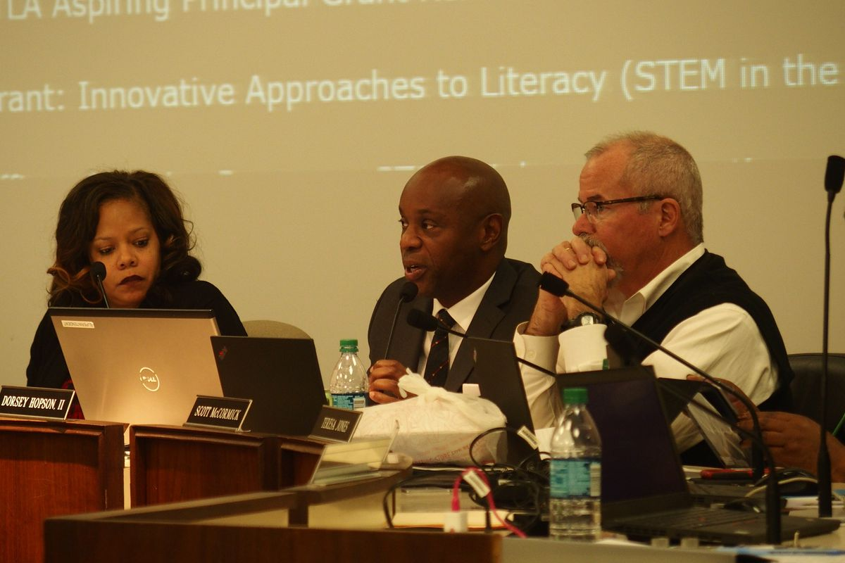 The Shelby County Schools board plans to present its annual wish list to Memphis-area state legislators on Dec. 17.