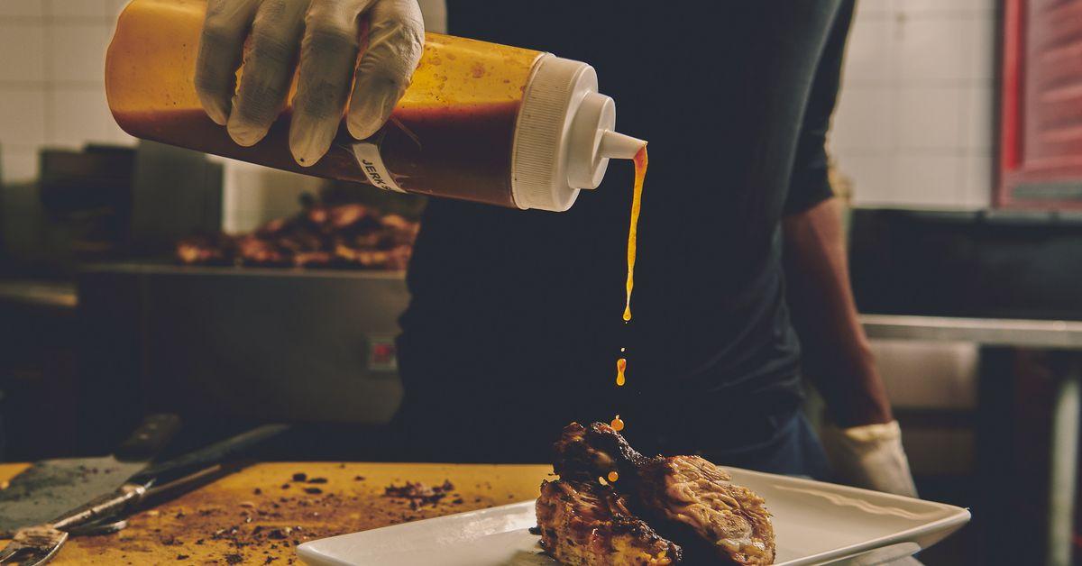 As listas de restaurantes de propriedade negra são um começo, mas obviamente não são suficientes 1