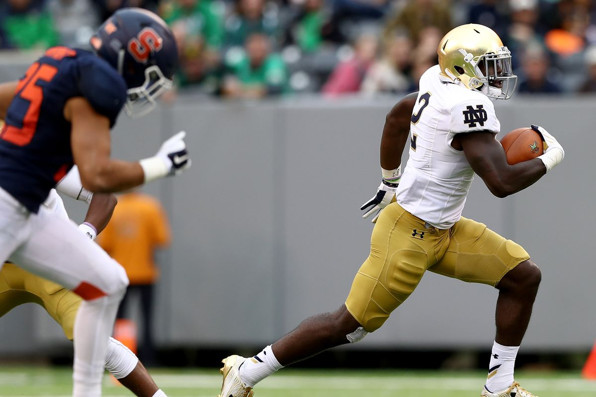 huge selection of a6a17 83b22 Notre Dame Football  Syracuse Orange Preview