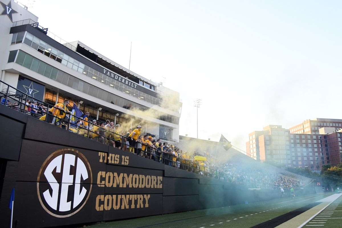 Tough SEC Schedule if Soccer Wants to Repeat as Champs