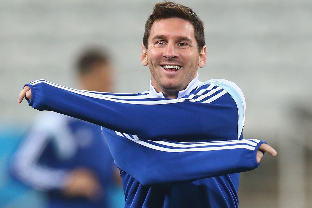 """I will kick Netherland butt"" - Lionel Messi"