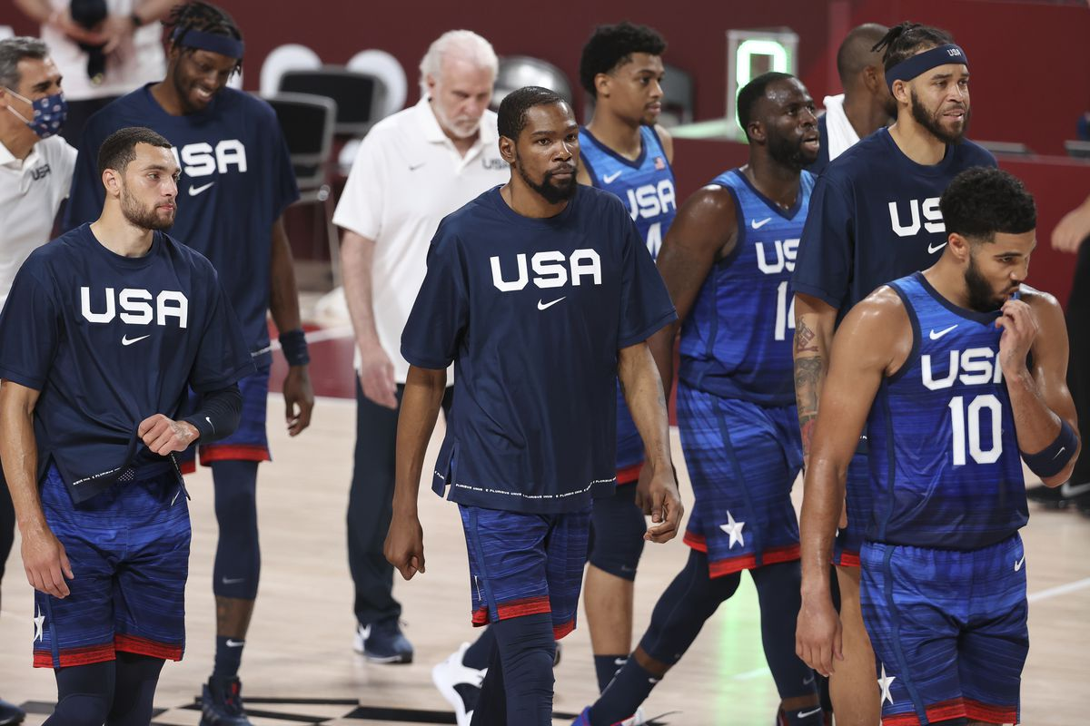 Kevin Durant of USA and teammates leave the court after the first half during the Men's Preliminary Round Group B basketball game between United States and France on day two of the Tokyo 2020 Olympic Games at Saitama Super Arena on July 25, 2021 in Saitama, Japan.