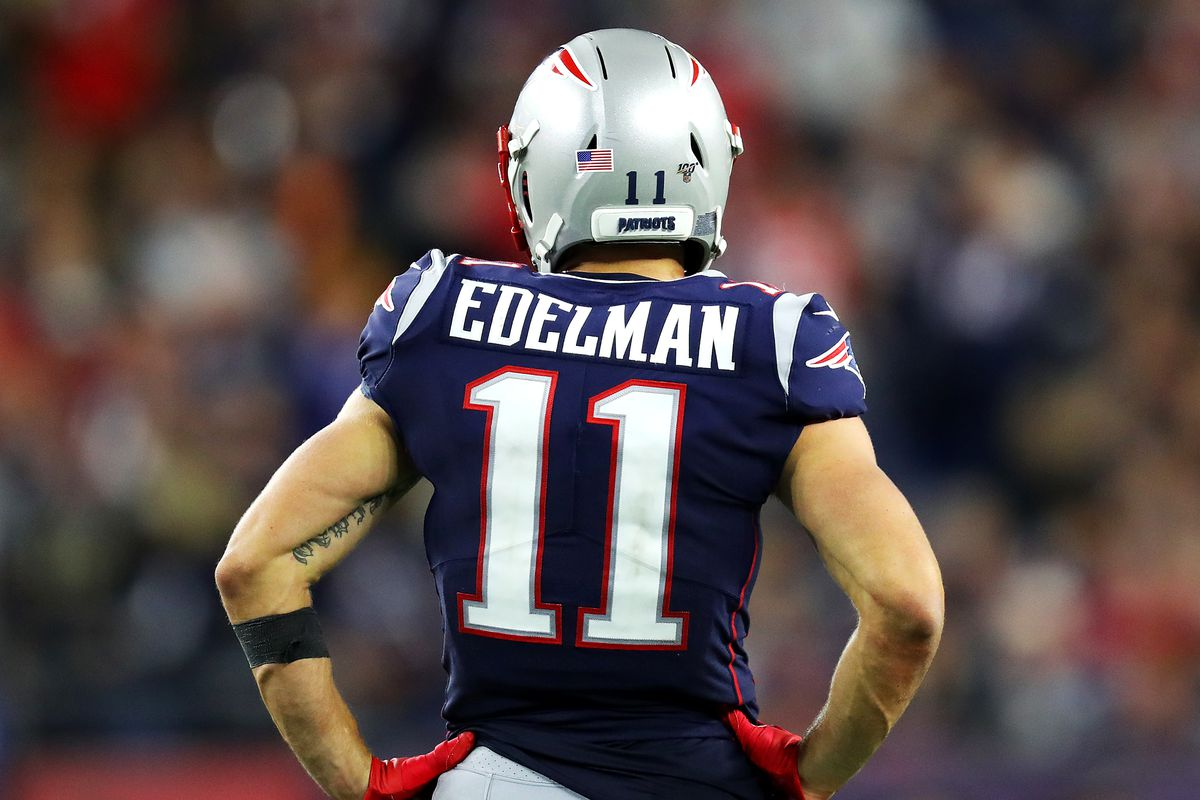 Julian Edelman Part Time Quarterback Has Earned Josh Mcdaniels Trust Pats Pulpit