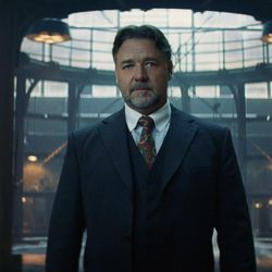 """Russell Crowe as Dr. Henry Jekyll in """"The Mummy."""""""