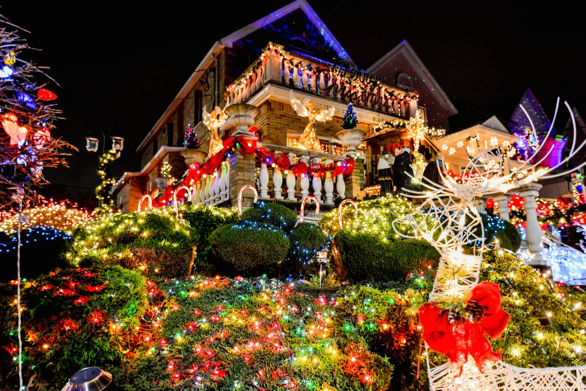open thread which nyc neighborhood has the best christmas decorations