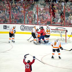 Brouwer Scores on Flyers