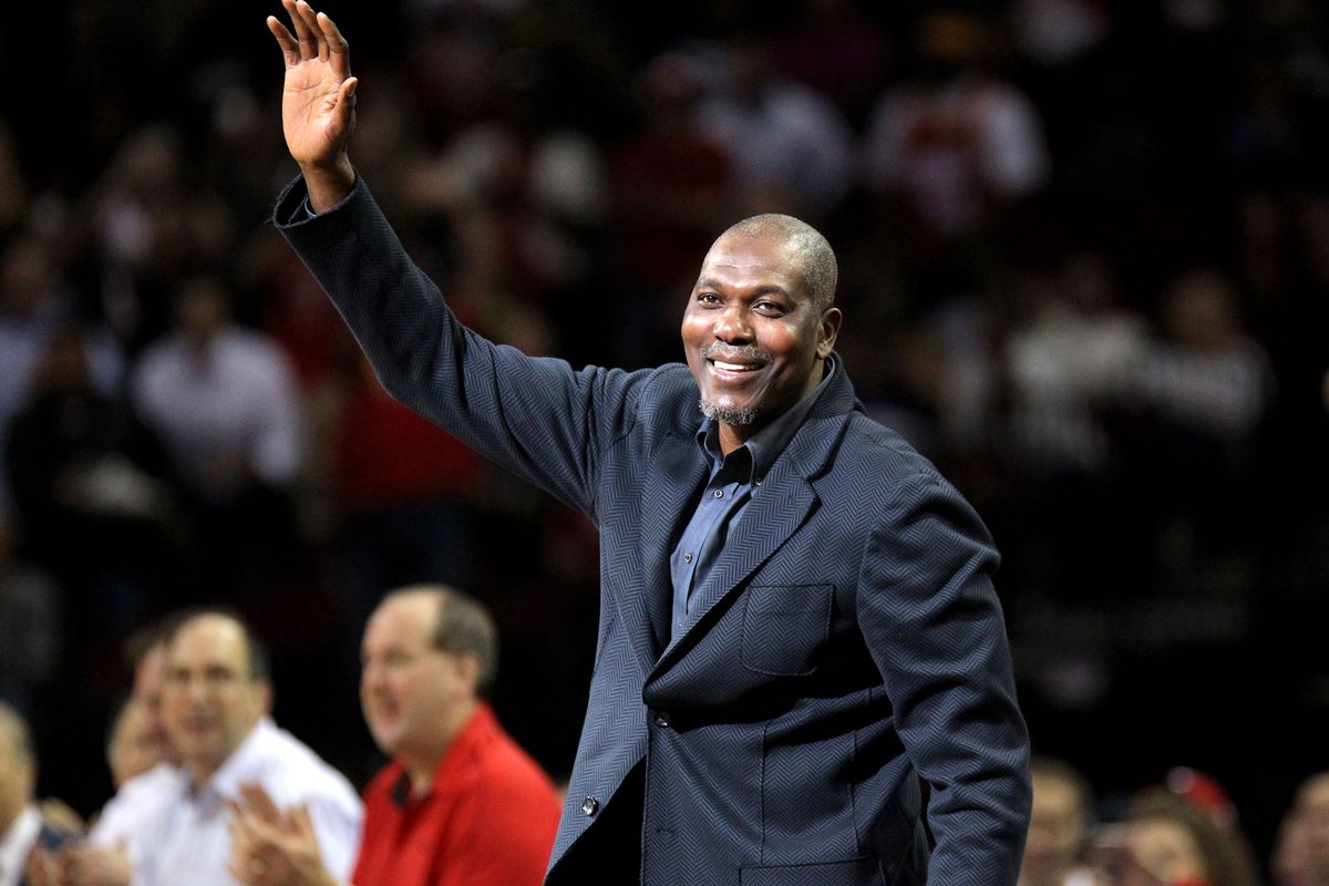 Study Hakeem Olajuwon is the greatest playoff player ever The