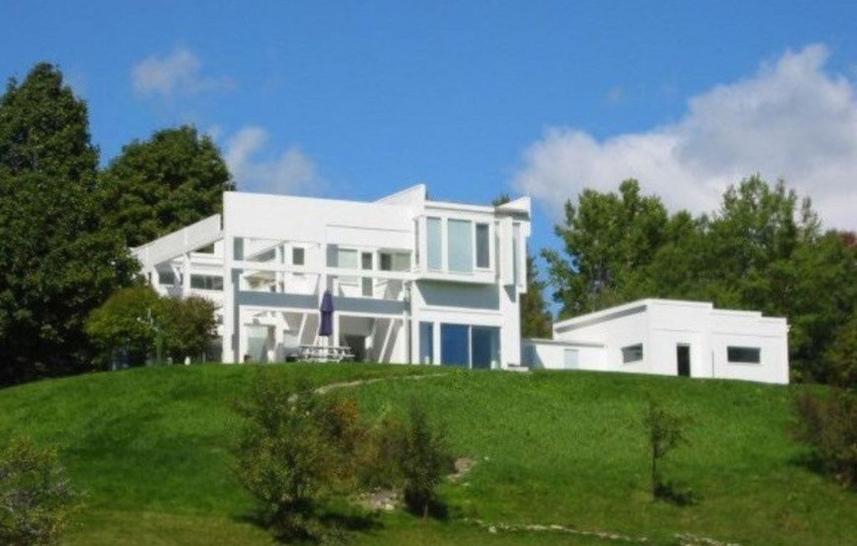 Peter Eisenman S House Ii Lists For 850k In Vermont Curbed
