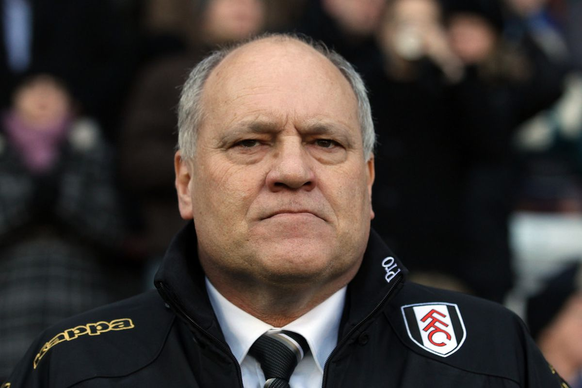 LONDON, ENGLAND - FEBRUARY 11:  Fulham manager Martin Jol looks on during the Barclays Premier League match between Fulham and Stoke City at Craven Cottage on February 11, 2012 in London, England.  (Photo by Ian Walton/Getty Images)