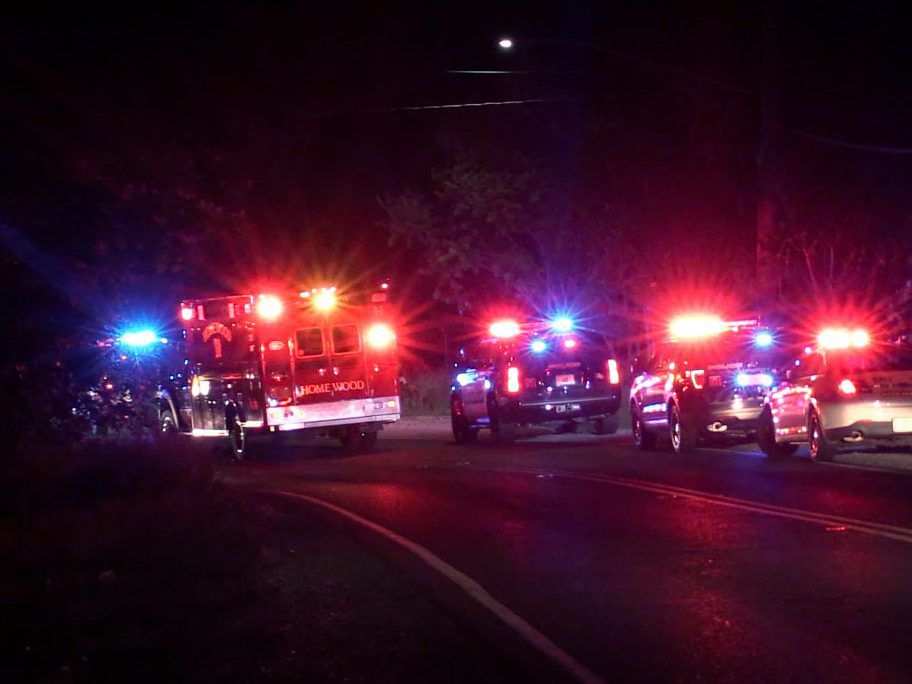 Police investigate a crash around 3:08 a.m. Saturday, June 2, 2018 in the area of Ridge Rd and Halsted Ave in Thorton. | Justin Jackson/ Sun-Times