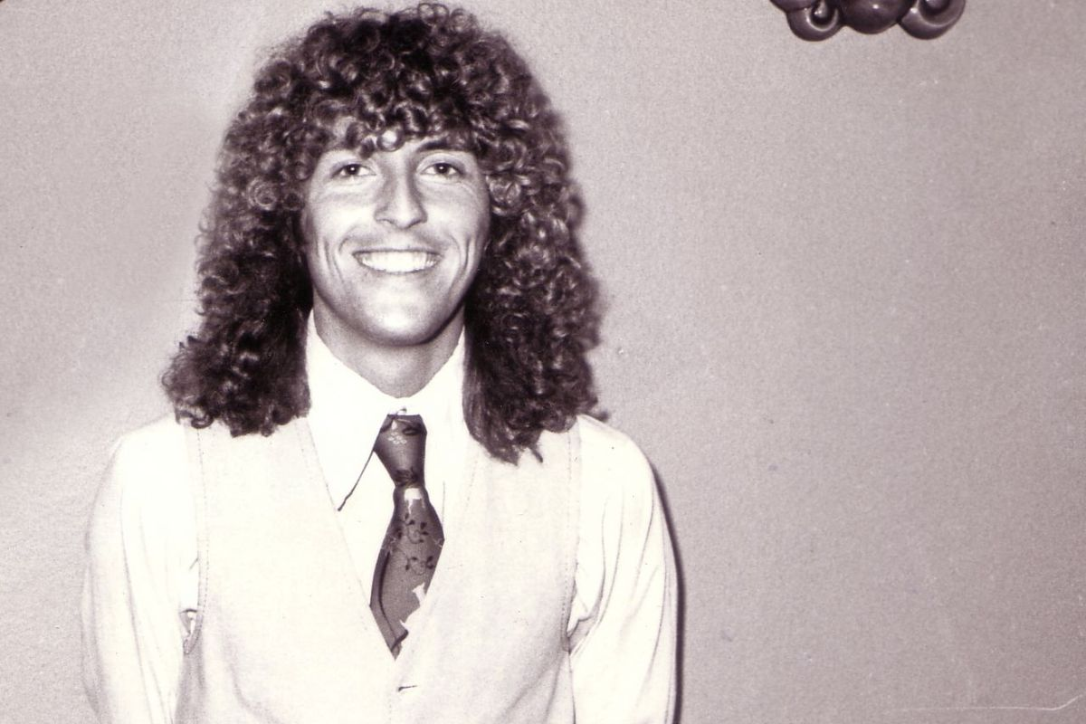 """Dave Shelton, who died Friday, got the nickname """"Medusa"""" for his voluminous curly locks, ran the all-ages house music club Medusa's."""