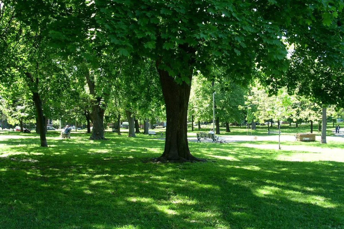"via <a href=""http://urbantoronto.ca/showthread.php?9123-Toronto-Parks/page2"">UrbanToronto.ca</a>"