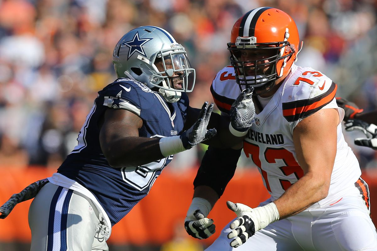 Has Joe Thomas Been Eclipsed by Tyron Smith Dawgs By Nature