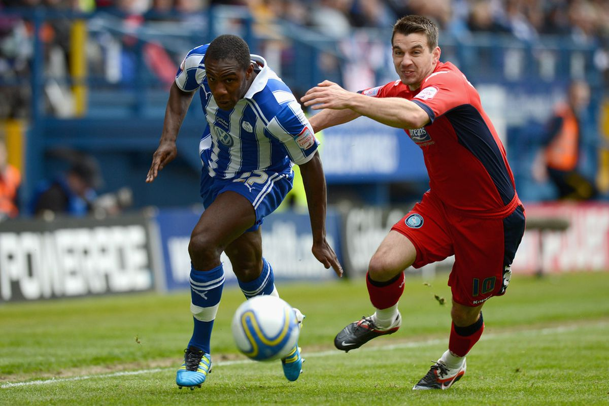 Michail Antonio is winging his way out of Berkshire to move to Sheffield Wednesday.